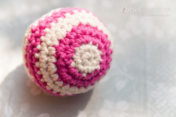 "Crochet Cat Ball – ""Rattleball"""