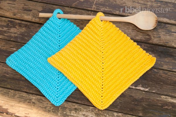 Crochet Potholders – Ribbed out of the Corner