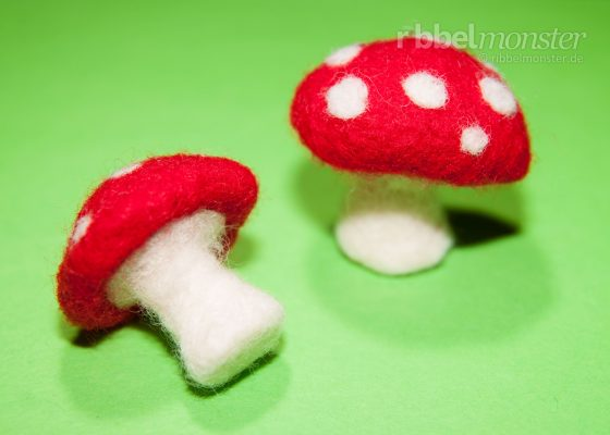 Needle Felting – Felting Toadstool