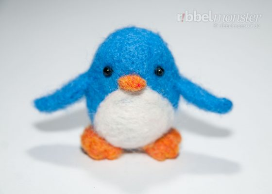 "Needle Felting – Felting Penguin ""Pauly"""