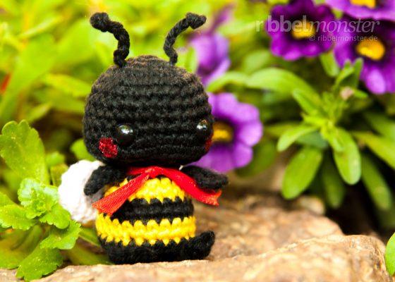 """Amigurumi – Minimee Crochet Bumblebee """"Malo"""""""