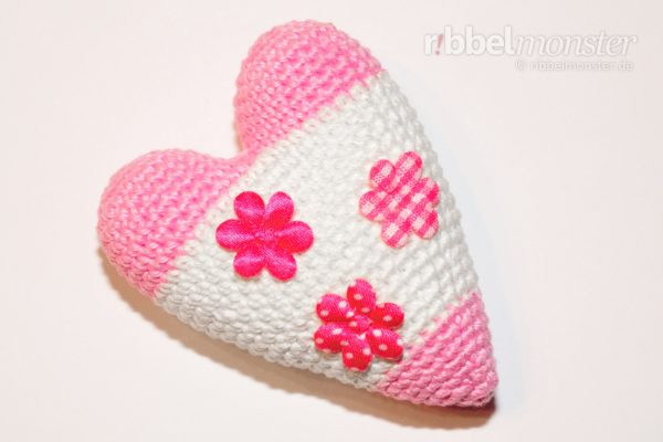 Amigurumi – Crochet big Tilda heart