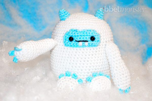 """Amigurumi – Crochet Biggest Yeti """"Otzla"""""""