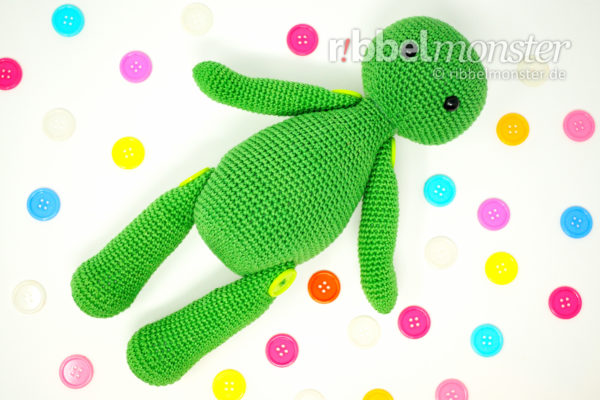 Amigurumi – Movable Figures with Button Joints