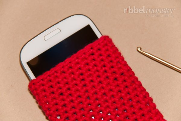 Crochet Simple Phone Case – Phone Sock – one colour