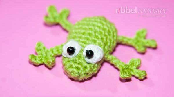"Amigurumi – Crochet Little Frog ""Froggy"""