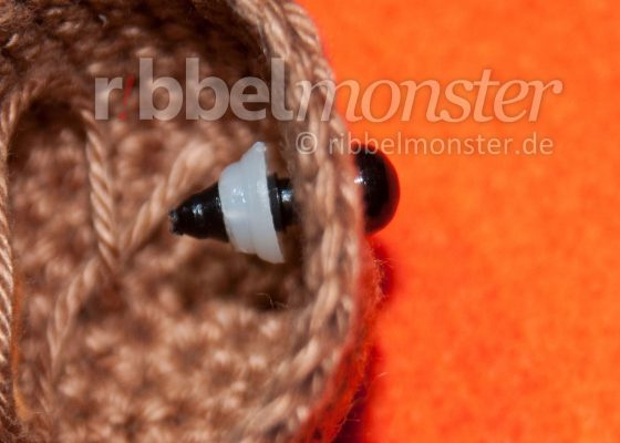 Amigurumi Eyes – Attach Safety Eyes