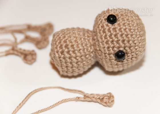 Amigurumi – Tie On Small Parts