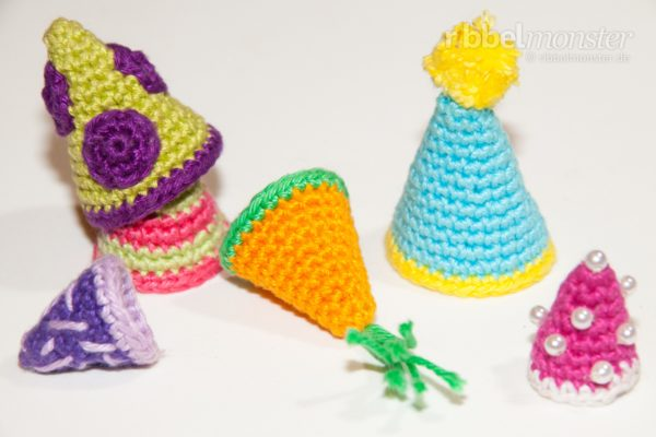 Amigurumi – Crochet Party Hats
