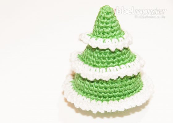 "Amigurumi – Crochet Medium Fir Tree ""Seiba"""