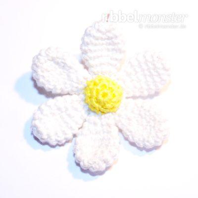 """Amigurumi – Tinier Crochet Flower """"Wegera"""""""