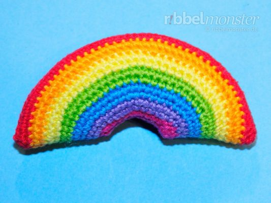 Amigurumi – Crochet Smallest Rainbow