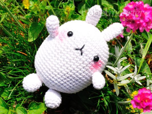 "Amigurumi – Crochet Big White Bunny ""Molang"""