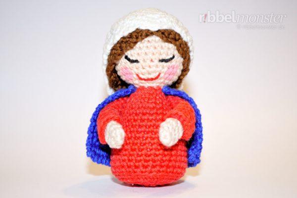 Amigurumi – Crochet Kokeshi Maria